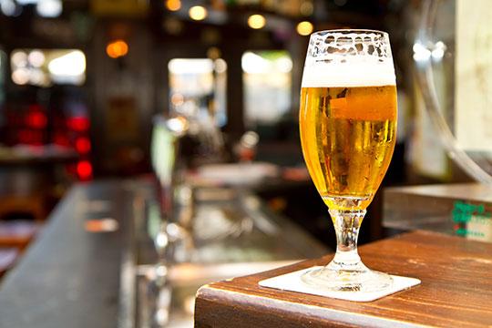 glass_on_bar